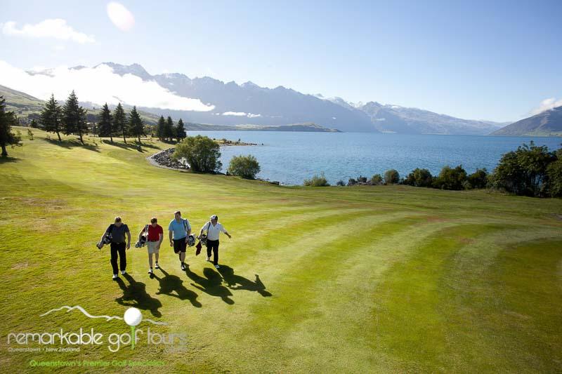 Golfing in Queenstown